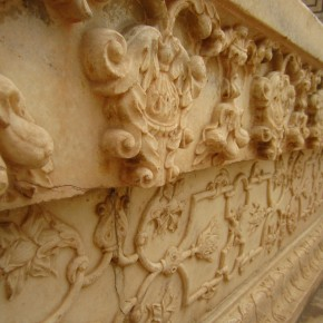 Gorgeous carved marble at the Red Fort
