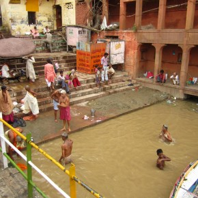 Bathers in the Ganga